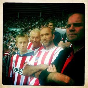 Familien Bergsvåg på Sunderland-tur. Henning lengst til høyre.